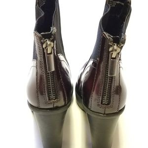 Steve Madden Shoes - Steve Madden Burgundy Patent Leather Ankle Boots